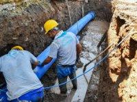 Aksaray Belediyesi su kesintisine neden olan hatları yeniliyor