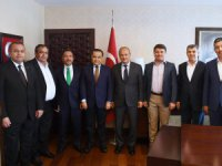 Aksaray'a hizmet için bakanı makamında ziyaret ettiler