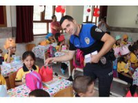 Aksaray polisinden öğrencilere 'Altın öğütler' eğitimi
