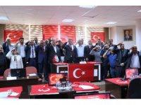 Aksaray Belediyesi Meclisinden Barış Pınarı Harekatı'na asker selamlı destek