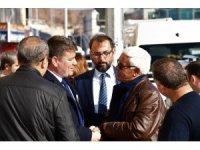 Başkan Dinçer Piri Mehmet Paşa Çarşısında esnafları ziyaret etti