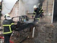 Aksaray'da sobadan çıkan yangın müstakil evi kül etti