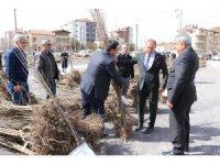 Aksaray'da çiftçilere yüzde 50 hibeli 19 bin 150 fidan verildi