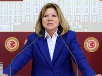 CHP'li 3 vekil Meclis'i terk etti!