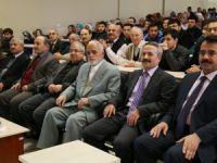 İİF'nin Düzenlediği Panelde Hadis Ve Sünnet Konuşuldu