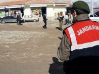 Aksaray'da silahlı saldırı:3 yaralı