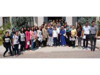 Yaz Okulunu Tamamlayan Öğrencilere Sertifika