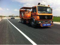 Yenikent'te Yapılan Yollara Trafik Çizgileri Atıldı