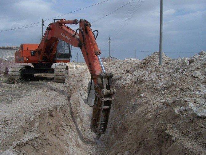 Eskil'de Yaylalar Arası İçme Suyu İsale Hattı Yenileniyor