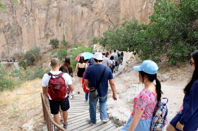 Ihlara Vadisi Her Yıl Yarım Milyon Ziyaretçi Ağırlıyor