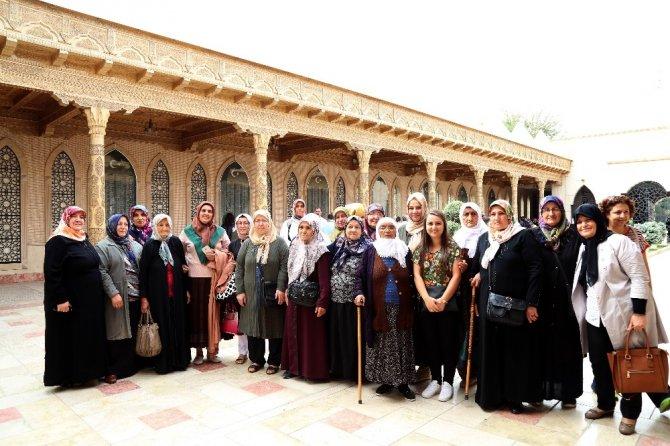 Aksaraylı Şehit Anneleri İçin Konya Gezisi Düzenledi