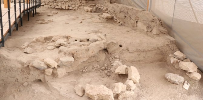 11 Bin Yıl Önce İlk Beyin Ameliyatının Yapıldığı Aşıklıhöyük Tarihe Işık Tutuyor
