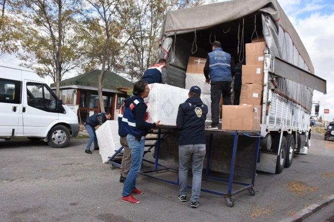 Aksaray'da 105 Bin 650 Paket Kaçak Sigara Ele Geçirildi