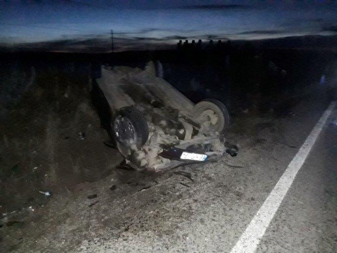 Aksaray'da İki Otomobil Çarpıştı: 2 Ölü, 6 Yaralı
