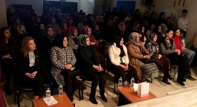Sultanhanı İlçesinde Kadınlar Günü Kutlandı
