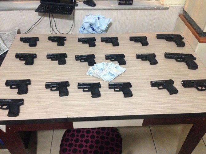 Aksaray'da nefes kesen kaçak silah operasyonu
