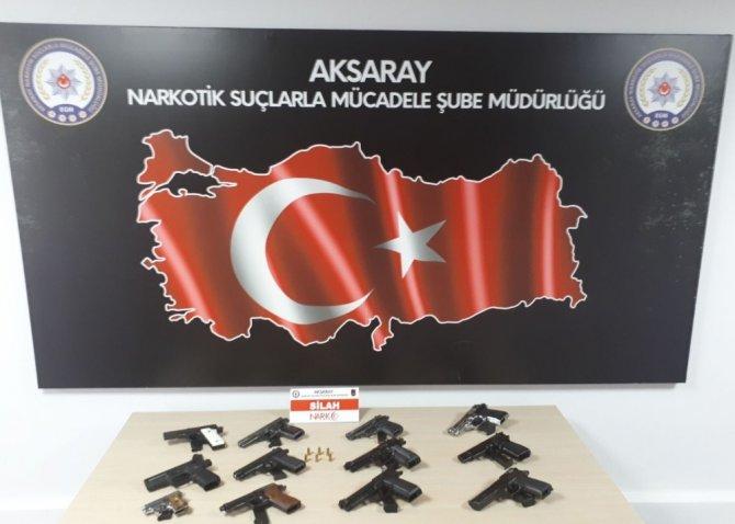 Aksaray'da kaçak silah operasyonu: 3 gözaltı