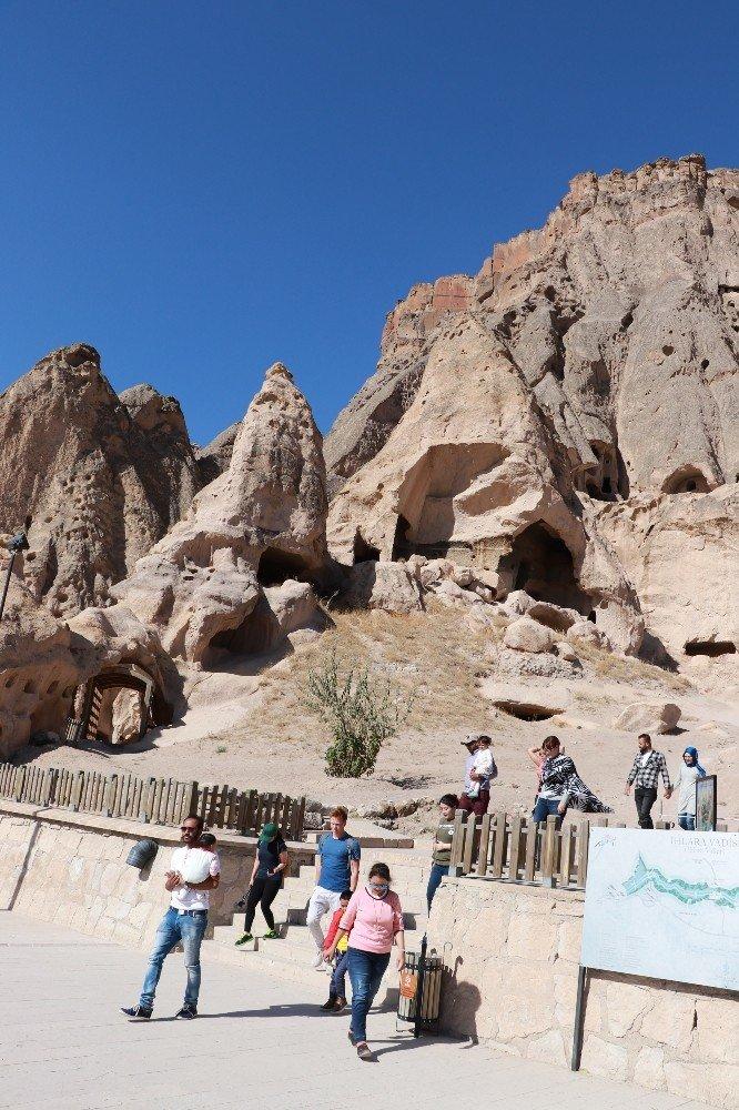 Aksaray'ı ilk 6 ayda 437 bin turist ziyaret etti