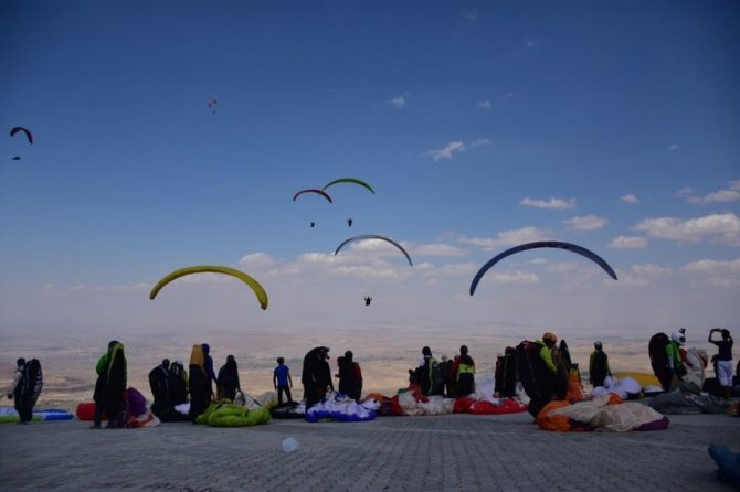Aksaray, yamaç paraşütü dünya şampiyonasına hazırlanıyor