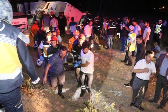 Aksaray'da otobüs şarampole devrildi: 6 ölü, 44 yaralı