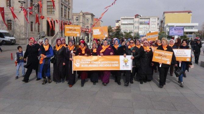 AK Partili kadınlar, 'Şiddete hayır' için yürüdü