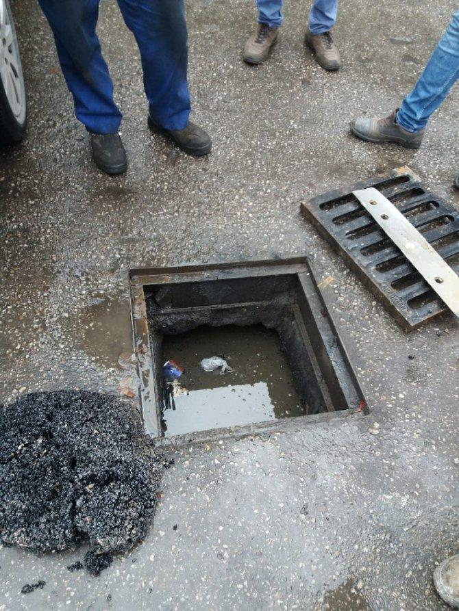 Aksaray'da çalınan rögar kapağı belediye tarafından yenilendi