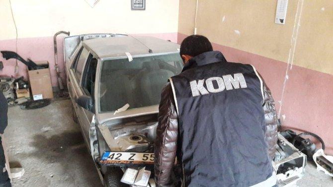 Otomobil hırsızlık çetesi operasyonla çökertildi