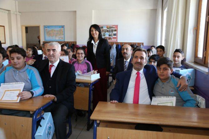 Aksaray'da 83 bin öğrenci karne aldı