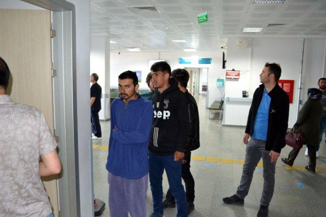 Aksaray'da 14 kaçak göçmen yakalandı