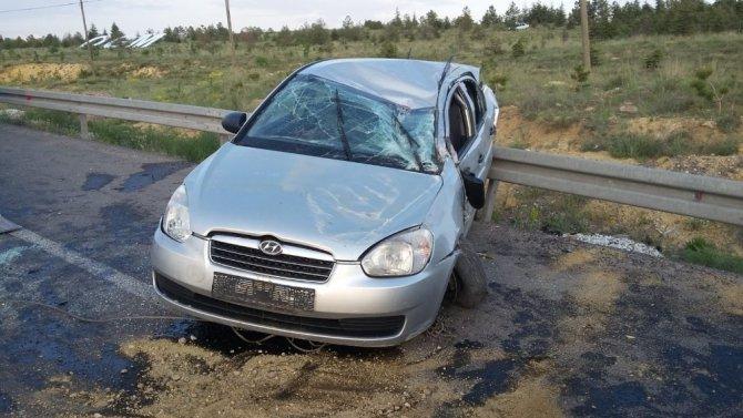 Aksaray'da otomobil tur minibüsüne çarptı: 4 yaralı