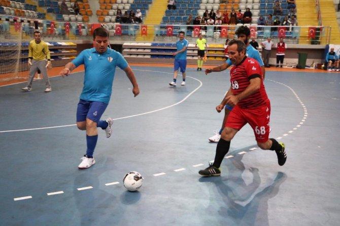 İşitme engelliler ve az görme engelliler ilk kez maç yaptı