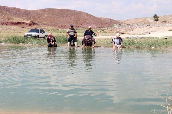 Aksaray'da kaderine terk edilen tuzlu su termal kaynak ilgi bekliyor