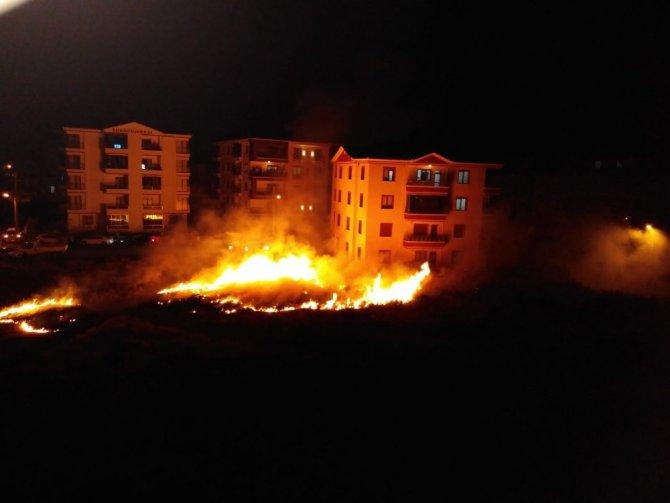 Aksaray'da düğün evinde havai fişek yangına neden oldu