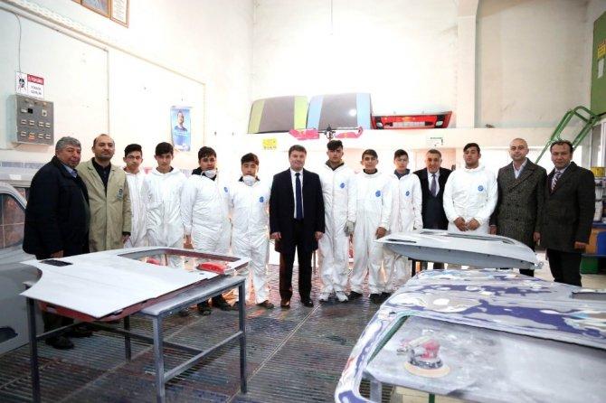 """Başkan Dinçer: """"Okullarımızın ve öğrencilerimizin yanındayız"""""""