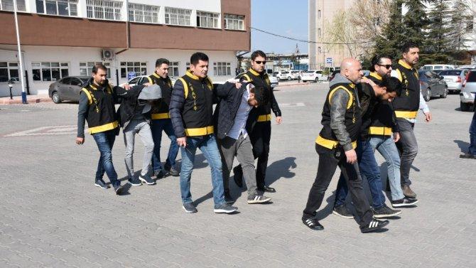 Aksaray'da 11 hırsızlık olayına karışan 7 şüpheli tutuklandı