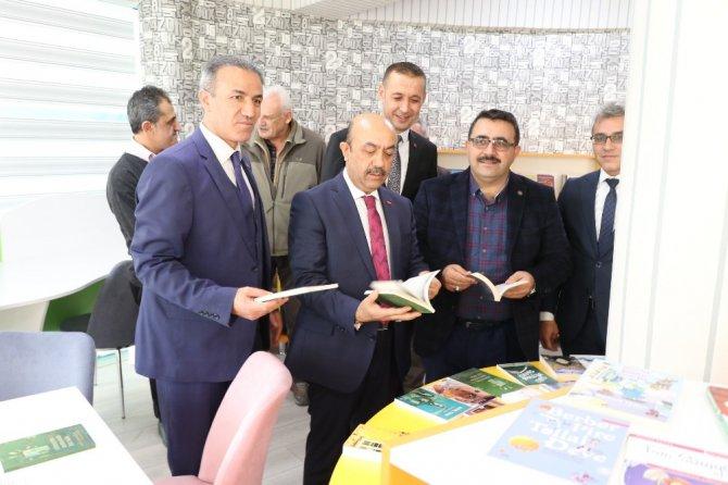 Aksaray'da okullarda açılan kütüphaneler öğrencilerin vizyonunu geliştiriyor