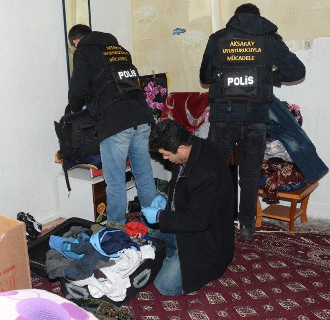 Aksaray'da uyuşturucu ve silah operasyonu