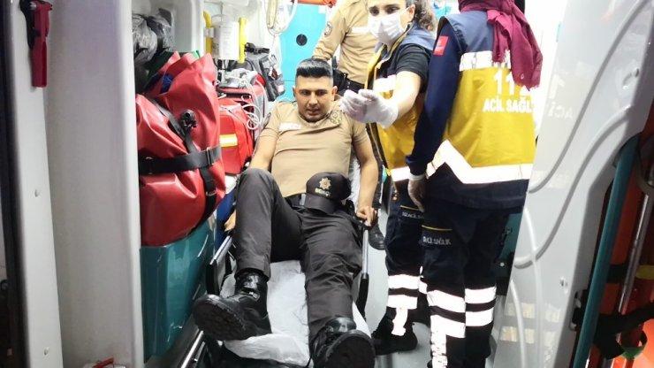Alkollü sürücü önce bekçiyi ezdi, sonra polis memurunun ayağını kırdı