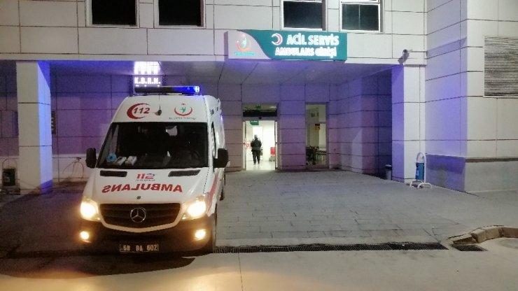 Şarampole devrilen otomobilde 1'i çocuk 5 kişi yaralandı