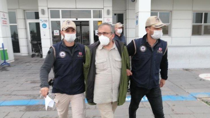 Sırrı Süreyya Önder Aksaray'da gözaltına alındı
