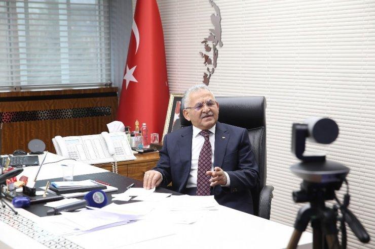 Enerji Bakanı Dönmez, Başkan Büyükkılıç'ı örnek gösterdi