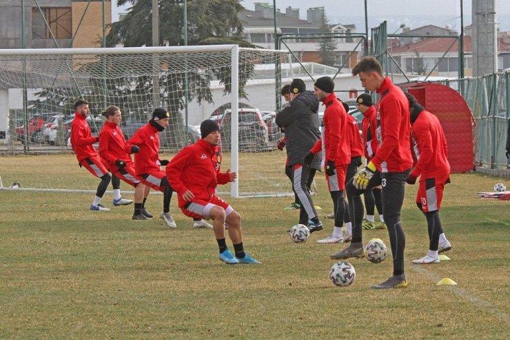 Eskişehirspor, Akhisarspor maçı hazırlıklarına başladı
