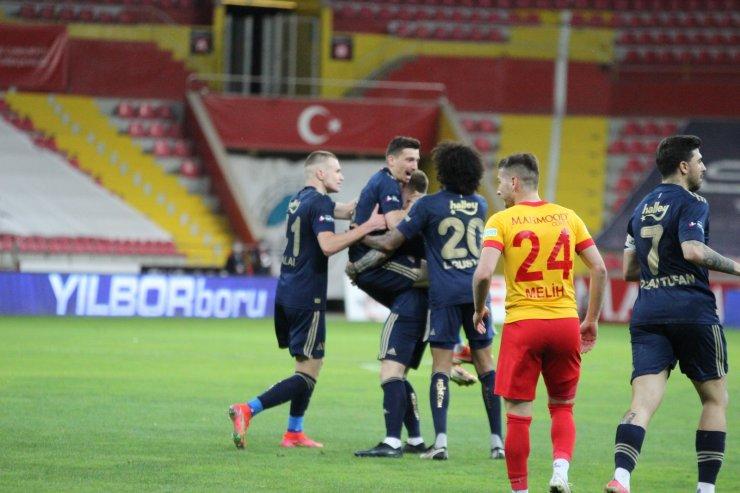 Süper Lig: Kayserispor: 1 - Fenerbahçe: 2 (Maç sonucu)