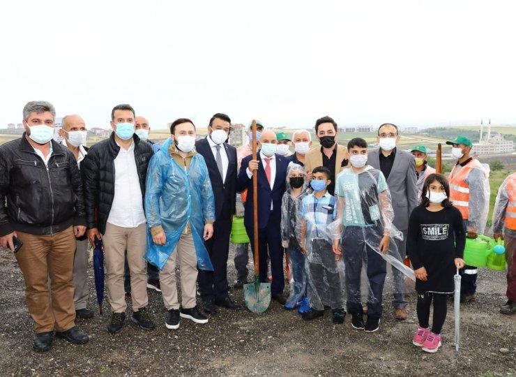 Keçiören'de Recep Tayyip Erdoğan Hatıra Ormanı fidanlarla buluştu