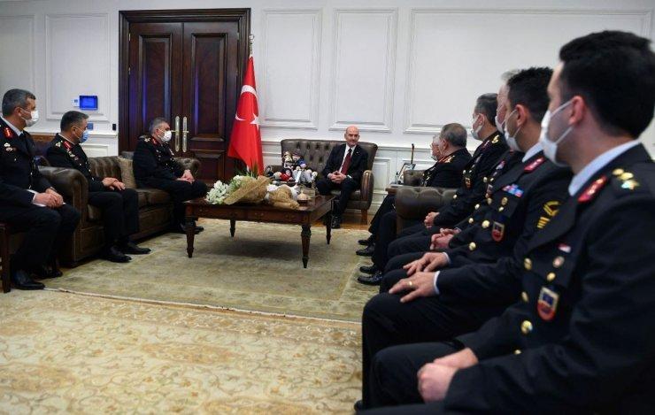 Bakan Soylu, Jandarma Genel Komutanı Orgeneral Çetin başkanlığındaki heyeti kabul etti