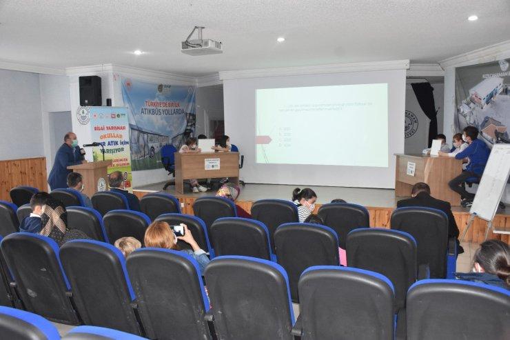 Kızılcahamam'da 'Okullar Sıfır Atık İçin Yarışıyor' bilgi yarışmasının yarı finali yapıldı