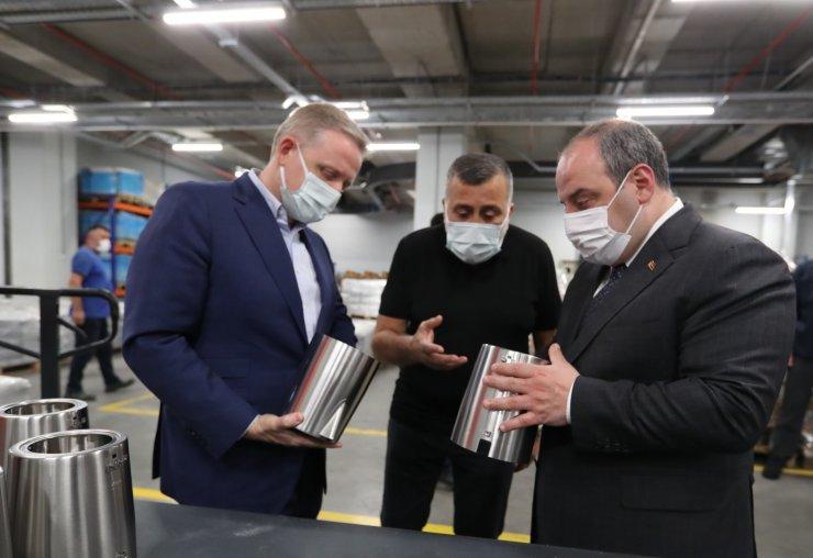 Bakan Varank'tan yeni fabrikasına taşınan firmaya ziyaret