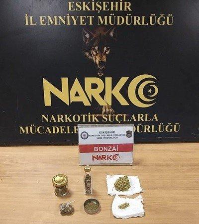 Uyuşturucu sattığı tespit edilen 1 kişi tutuklandı