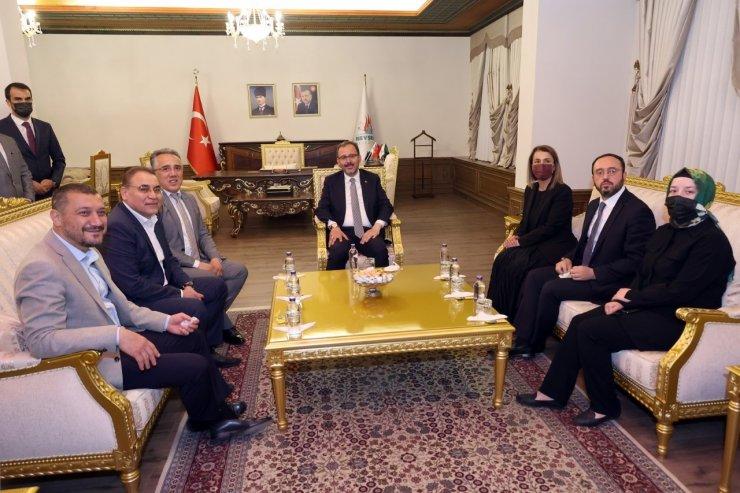 Bakan Kasapoğlu, Nevşehir Belediyesini ziyaret etti