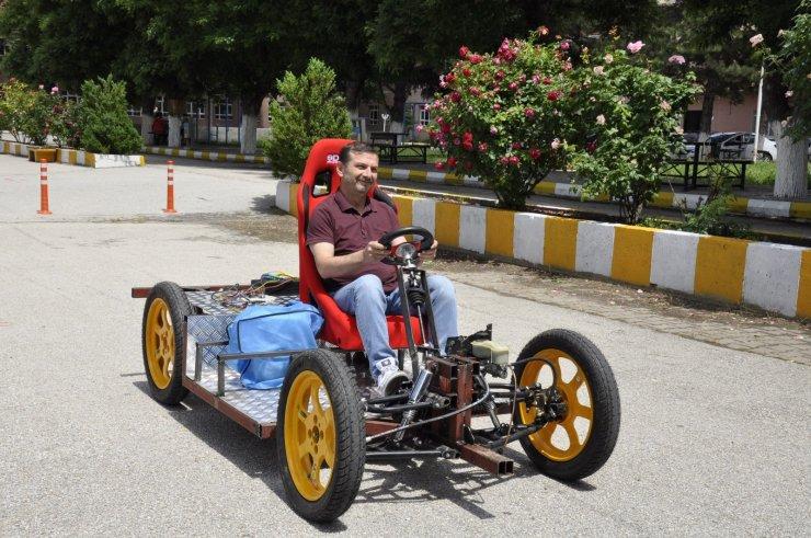 Lise öğrencilerinden en ucuz ve en hızlı elektrikli araç